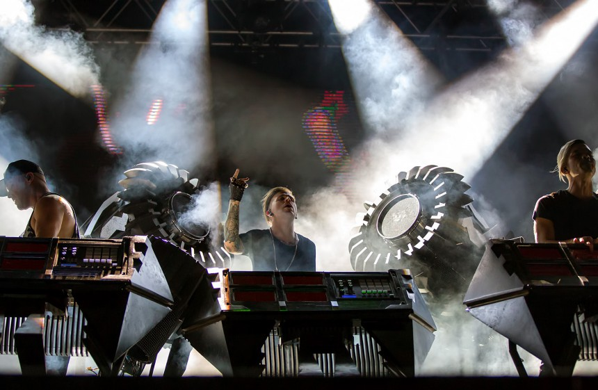 "Ooah of The Glitch Mob with his 4 iPads and MPD 24 on ""The Blade"" setup at Austin City Limits Festival"